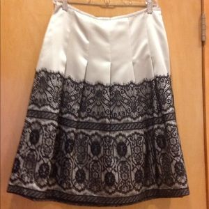ANN TAYLOR Lace-Overlayed Pleated Skirt, Size 4